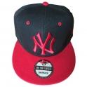 Casquette New York noire et rouge